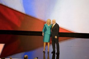 Cindy and John McCain, photo courtesy of the Library of Congress.