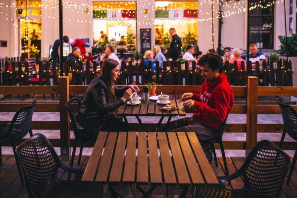couple on a date at outdoor restaurant