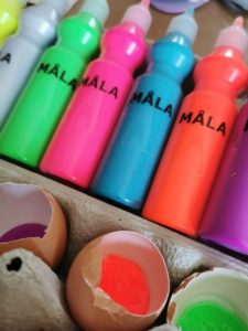 paint and egg shells