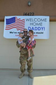 army soldier welcomed home with children
