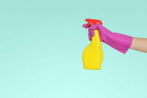 spray cleaner with glove