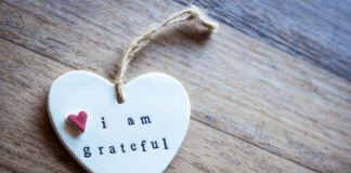 I am grateful heart on wood