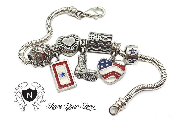 Nomades Patriotic Charm Bracelet