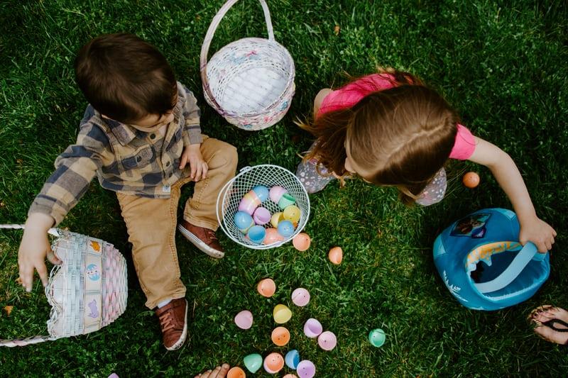 kids egg hunt