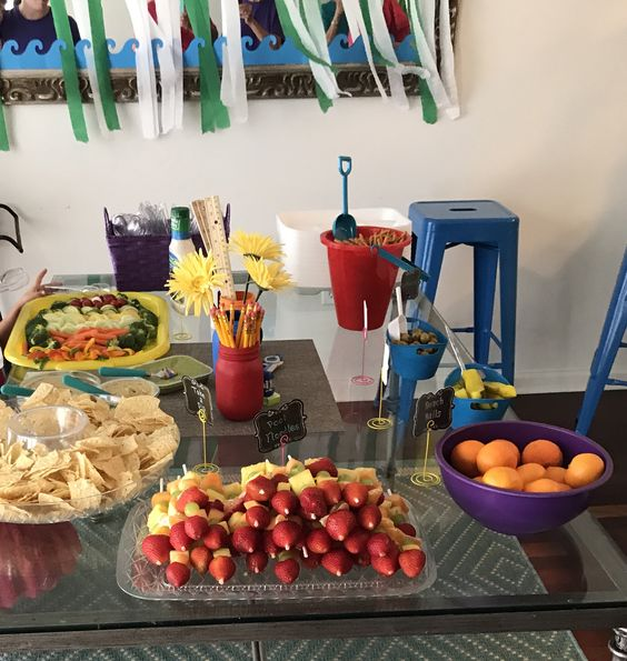 Graduation party food and name tags