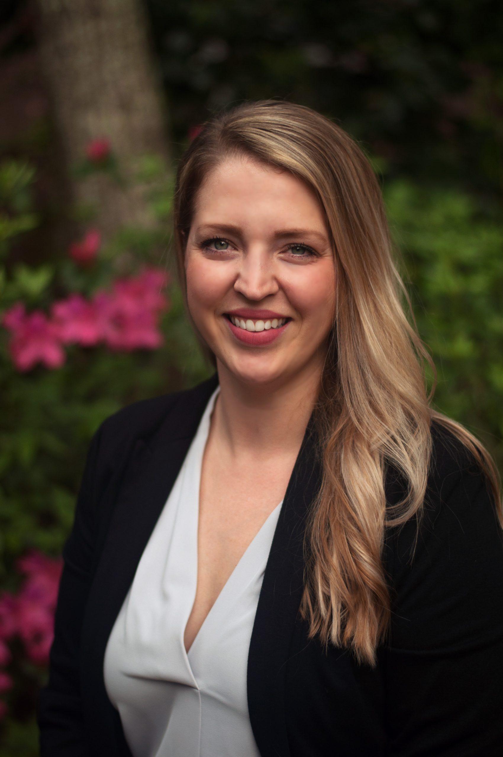 Samantha Persell headshot